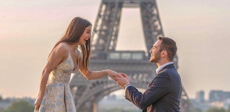 Regalo giovane coppia parigi